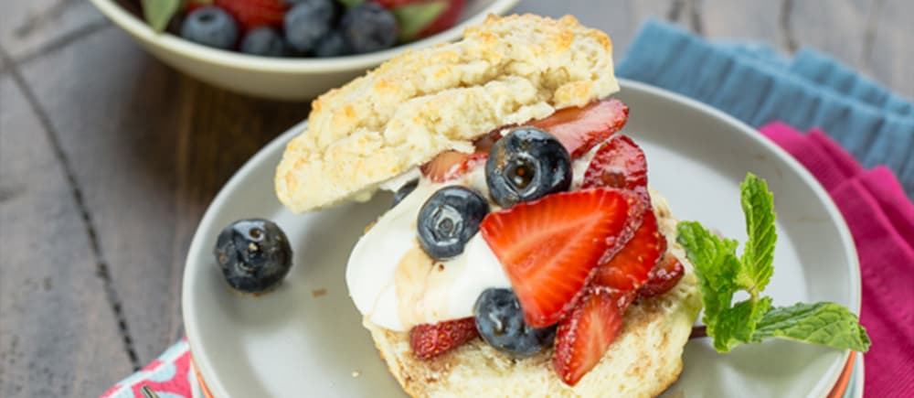balsamic berry shortcakes