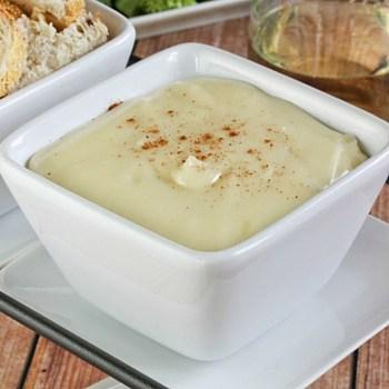 Photo of White Wine Swiss Cheese Fondue