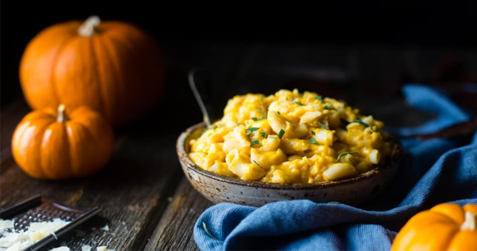 Smoky Pumpkin Greek Yogurt Mac and Cheese