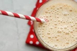 Lactose-free Peanut Butter Breakfast Shake