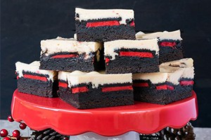 Peppermint Cheesecake Oreo Brownies