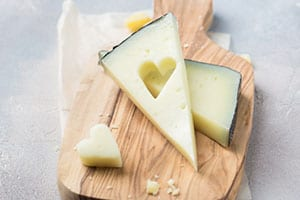 Give the Gift of Ohio Cheeses