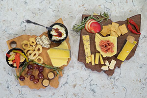How to Build a Buckeye Cheese Board